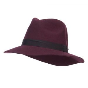 Maroon Wool D&Y Fedora with Black Hat Band